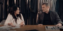Trailer - Ο Άκης απαιτεί από τον Αιμίλιο να απολύσει τον Σίμο από το κανάλι