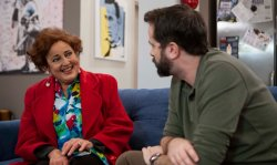Trailer - Μια γιαγιά, ένας κατάδικος κι ένα μαλακτικό ρούχων