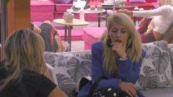 Σοφία και Άννα Μαρία συζητούν για τη σχέση και την κόντρα τους