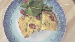 Ιταλική στράτα με τυρί και λουκάνικα Βιέννης
