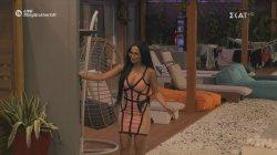 Στο τζακούζι πήγαινε η Χριστίνα και γύρισε με καινούργιο παίχτη