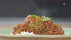 Φυτικά καφτεδάκια σε σάλτσα ντομάτας & ρύζι