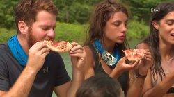 Oι νικητές απολαμβάνουν το γευστικότατο έπαθλο, Pizza L'artigiano
