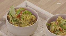 Noodles με γαρίδες και λαχανικά