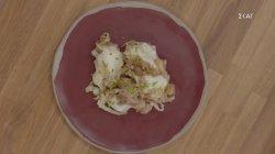 Πρασοτηγανιά με λαχανικά & τυρί