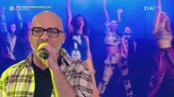 Ο Νίκος Μουτσινάς τραγουδάει για το... House of Fame
