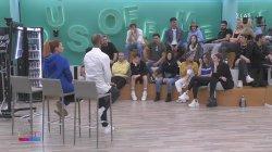 Η αξιολόγηση του live και η ενόχληση των σπουδαστών με τα σχόλια των κριτών