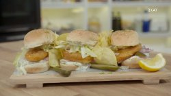 Λαχταριστό fish sandwich