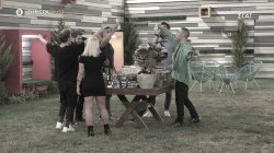 Trailer - Οι τελευταίες στιγμές στο σπίτι λίγο πριν τον τελικό