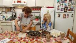 Κρατάει τα μυστικά της κουζίνας η κυρία Μαρία