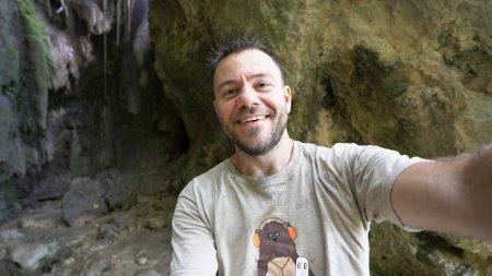 Trailer - Ταξιδεύουμε στην Κύπρο, στη επαρχία της Πάφου