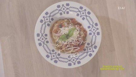 Σπαγγέτι ολικής Ναπολιταίν με τυρί | 31/08/2020