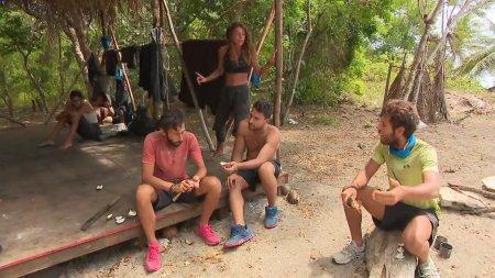 Νίκος και James αντιδρούν στις σχέσεις μεταξύ συμπαικτών τους πριν το παιχνίδι