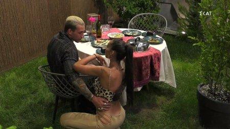 Ρομαντικό δείπνο για Ανχελίτα και Παναγιώτη το οποίο καταλήγει σε  παρεξήγηση