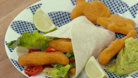 Μεσογειακά wrap με κροκέτες μπακαλιάρου   Ώρα για φαγητό με την Αργυρώ   09/09/2021